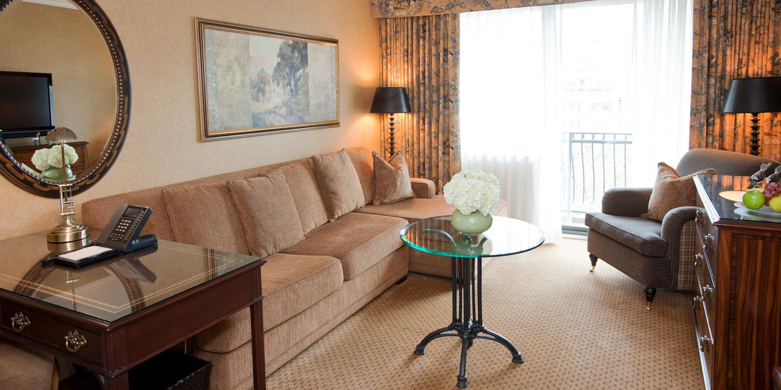Wedgewood suites vancouver boutique hotel