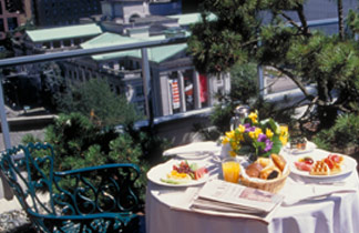 Vancouver Hotel Packages and Promotions